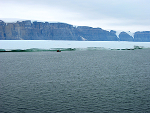 Oh no! Greenland glacier calves island 4 times the size of Manhattan Petermann2009Zodiak