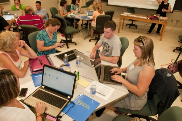UD faculty and Delaware teachers are collaborating to integrate computer science principles into public school curriculum.