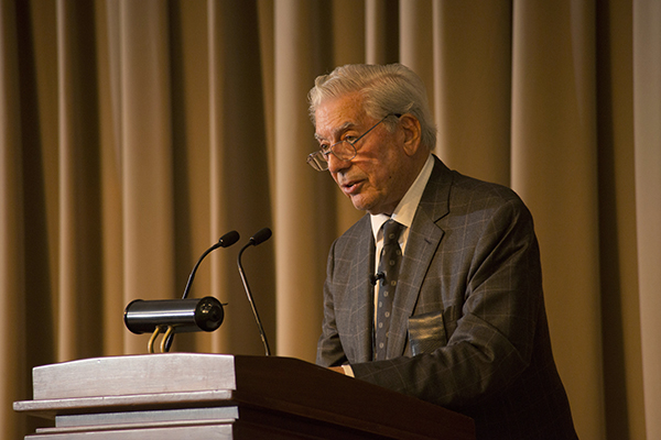 mario vargas llosa essay This review essay is prompted by the appearance of four important books on the work of mario vargas llosa since he received the nobel prize in 2010.