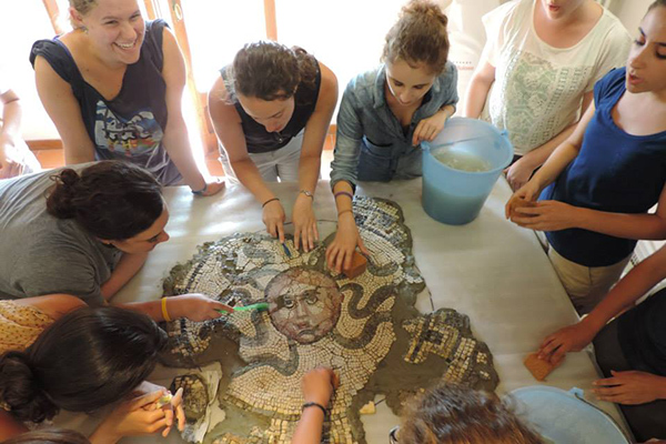 Ud Art Conservation Students Preserve Ancient Mosaic In Italy